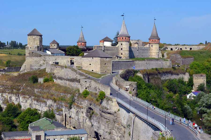 Bridge-and-fortressd-KP
