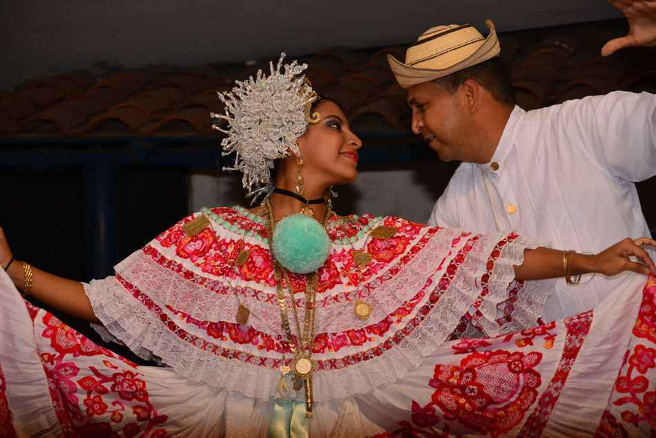 Colourful Dancers, Panama