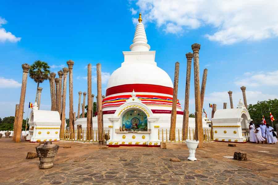 Thuparamaya Dagoba in Anuradhapura