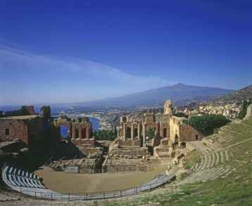 amphitheatre-with-etna-in-background