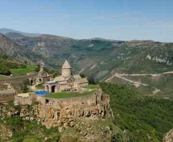 armenia-tatev-monastery