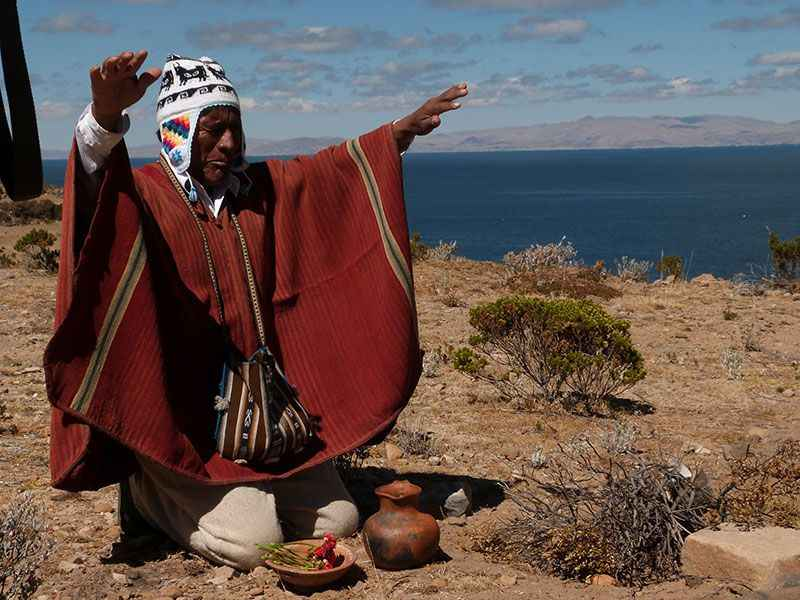 bolivia-priest-on-sun-island