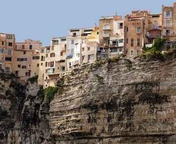bonifacio-houses