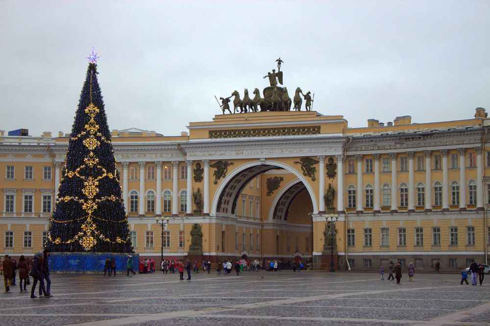 christmas-tree-st-petersburg