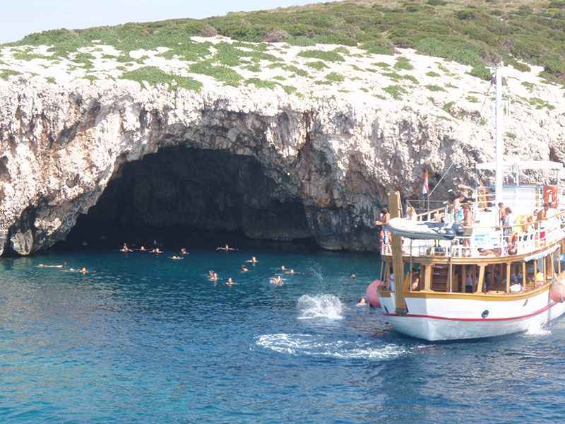 croatia-green-caves-off-hvar-island