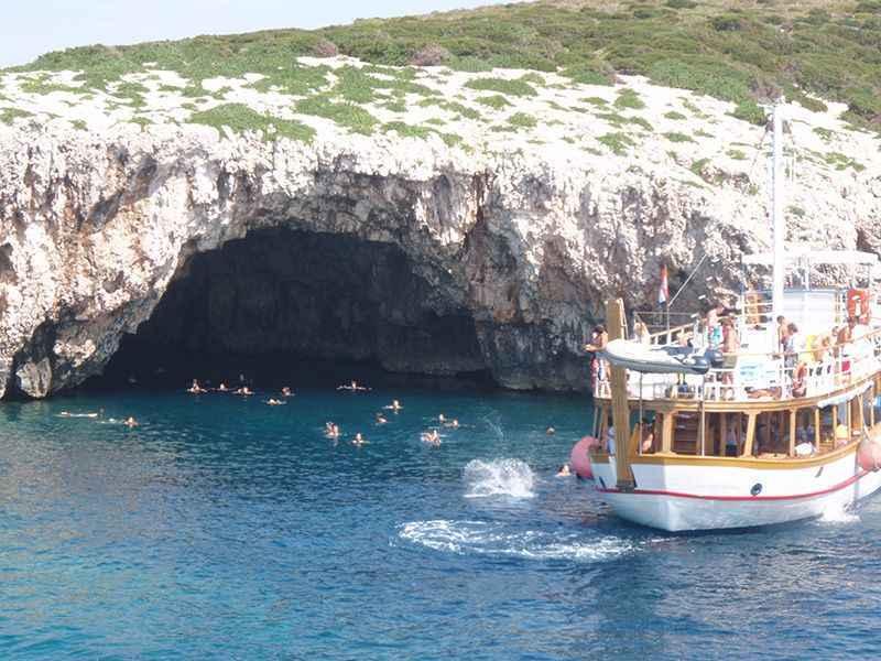 croatia-green-caves-off-hvar-island
