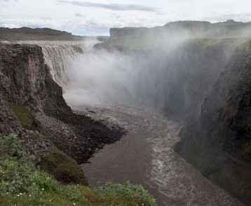 dettifoss-waterfalls