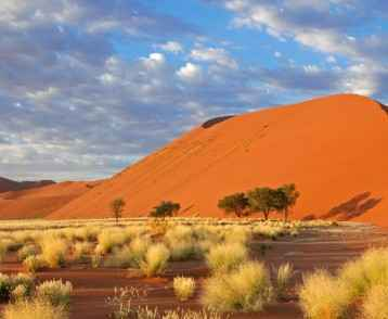 massive-red-dunes-at-sossuvlei