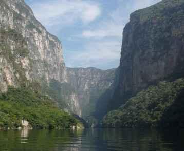 mexico-sumidero-canyon