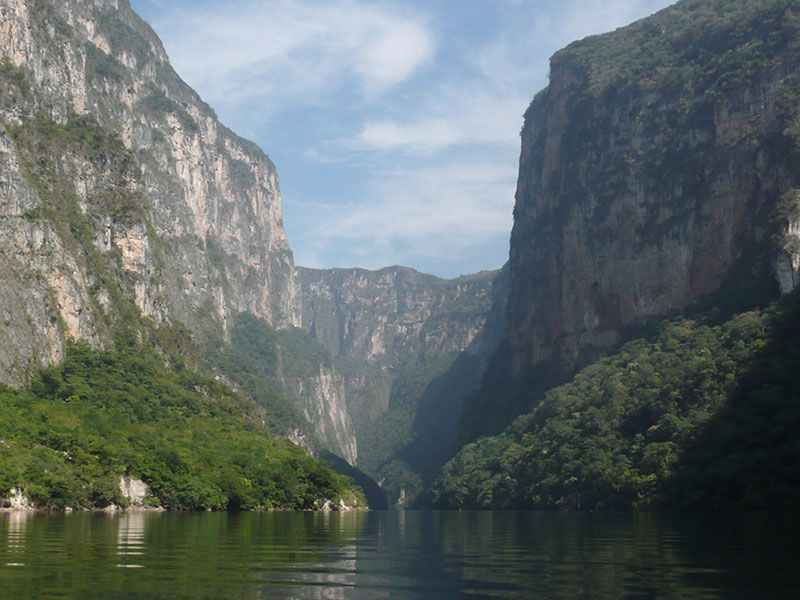 mexico-sumidero-canyon