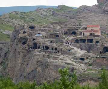 old-cave-city-uplistsikhe-georgia