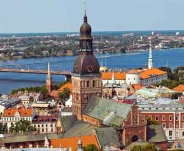 panorama-riga-and-daugava-river