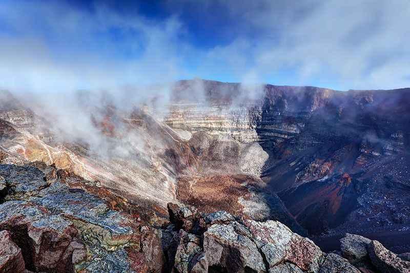 reunion-crater-piton-de-la-fournaise