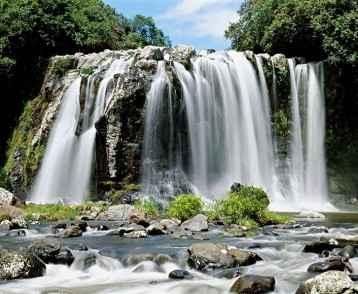 reunion-waterfall