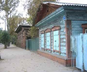 russia-irkutsk-wooden-house