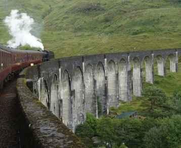 steam-train-glenfinnen