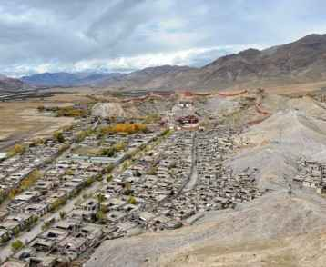 the-old-city-of-gyangtse