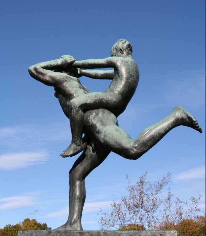 vigeland-sculpture-park-lores
