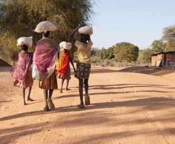 women-with-shopping-uganda