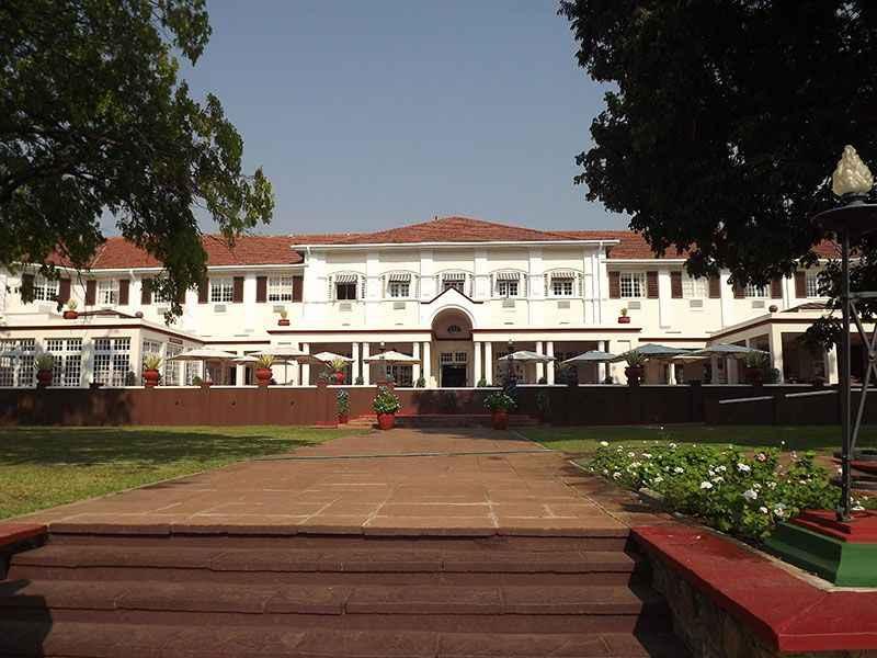 zimbabwe-vic-falls-hotel