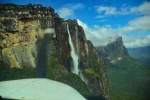 Angel Falls from plane-lores