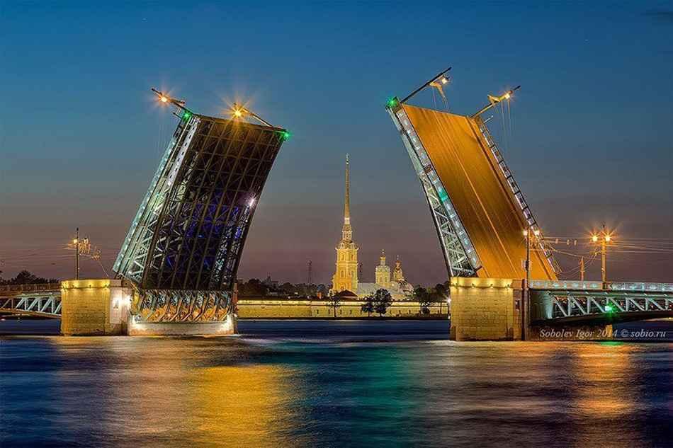 St Petersburg bridges