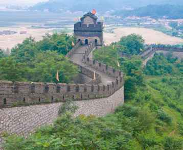 The Great Wall of China near Dandong, UNESCO World Heritage Site, bordering North Korea, Liaoning, China