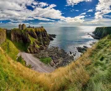 Medieval fortress Dunnottar Castle (Aberdeenshire, Scotland) - H