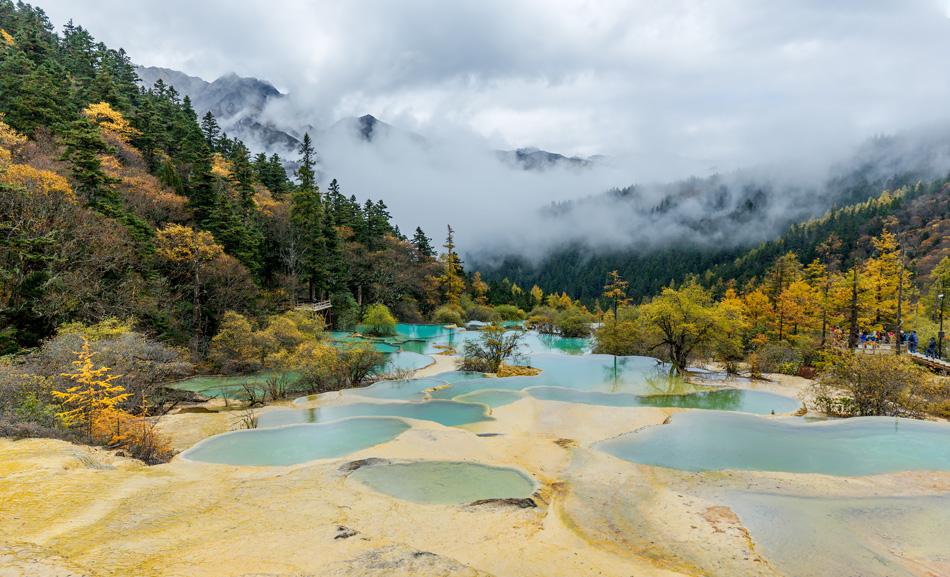 Superb pools in Huanglong National Park near Jiuzhaijou - SiChuan, China