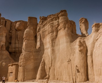 Sandstone formations around Al Khobar Caves (Jebel Qarah), Al Ho